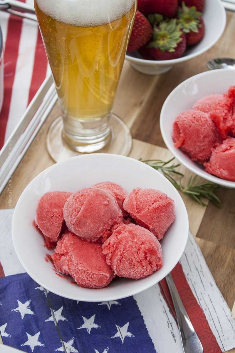 Ale strawberry sorbet - Happy Birthday America!