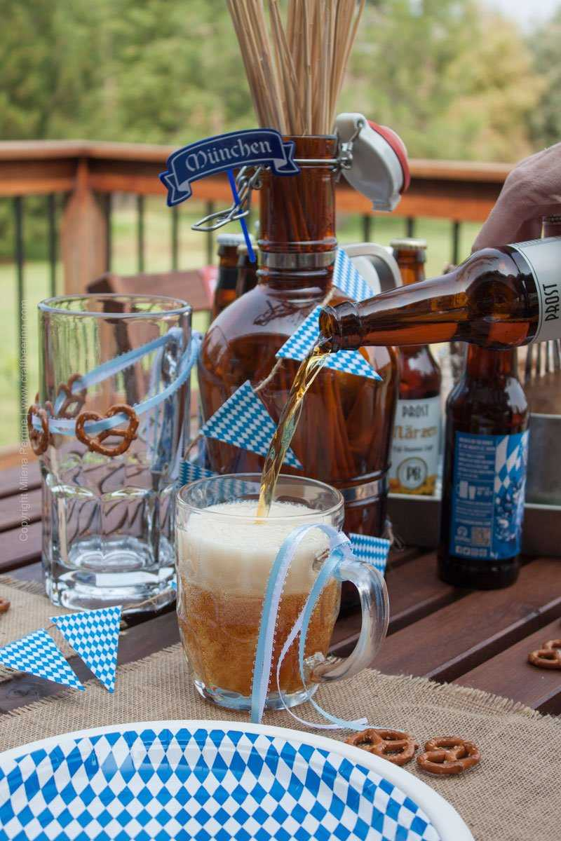 Oktoberfest Party Tablescape. The Marzen is flowing! #oktoberfestparty #oktoberfestbash