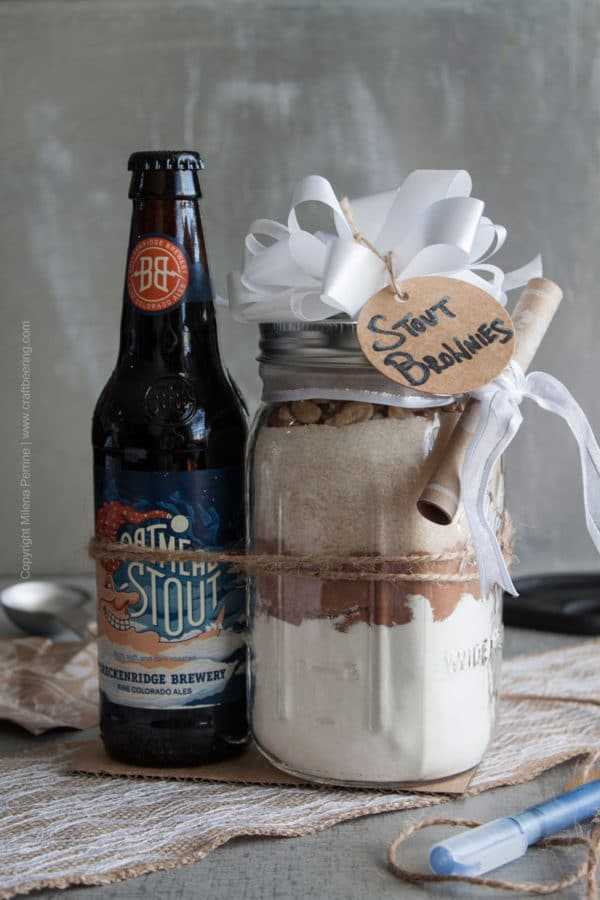 Stout Brownie Mix Gift Idea DIY #DIYstoutbrowniemix