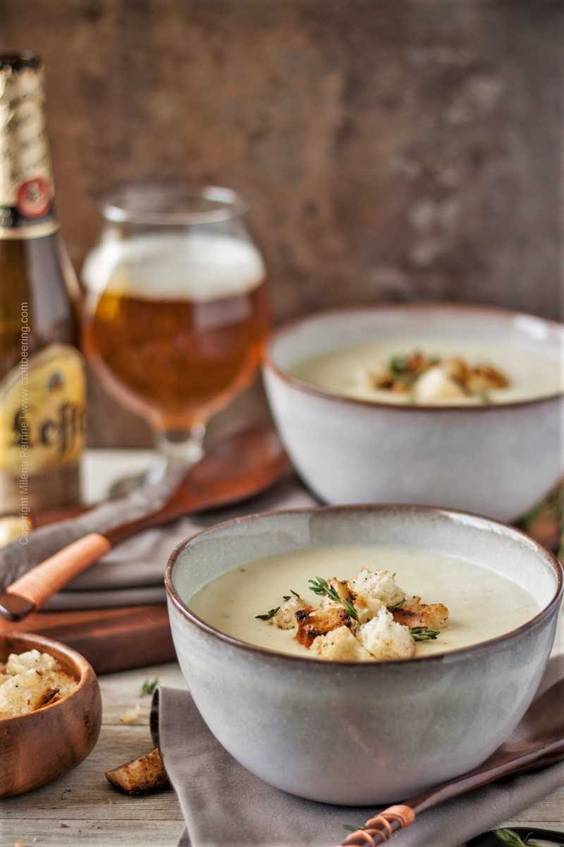 Potato leek soup with thyme and croutons.