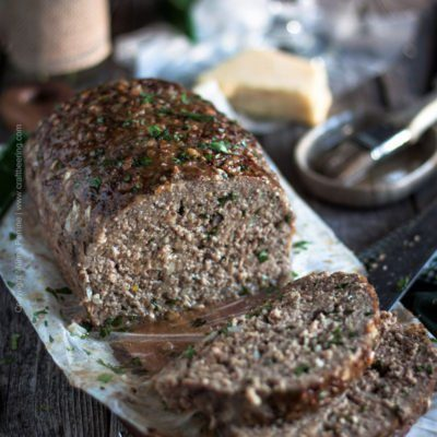 Stout Meatloaf with Irish Cheddar | Moist meatloaf, loaded with Irish cheddar and oatmeal stout #meatloaf #stoutmeatloaf #irish #beermeatloaf #irishcheddar | craftbeering.com