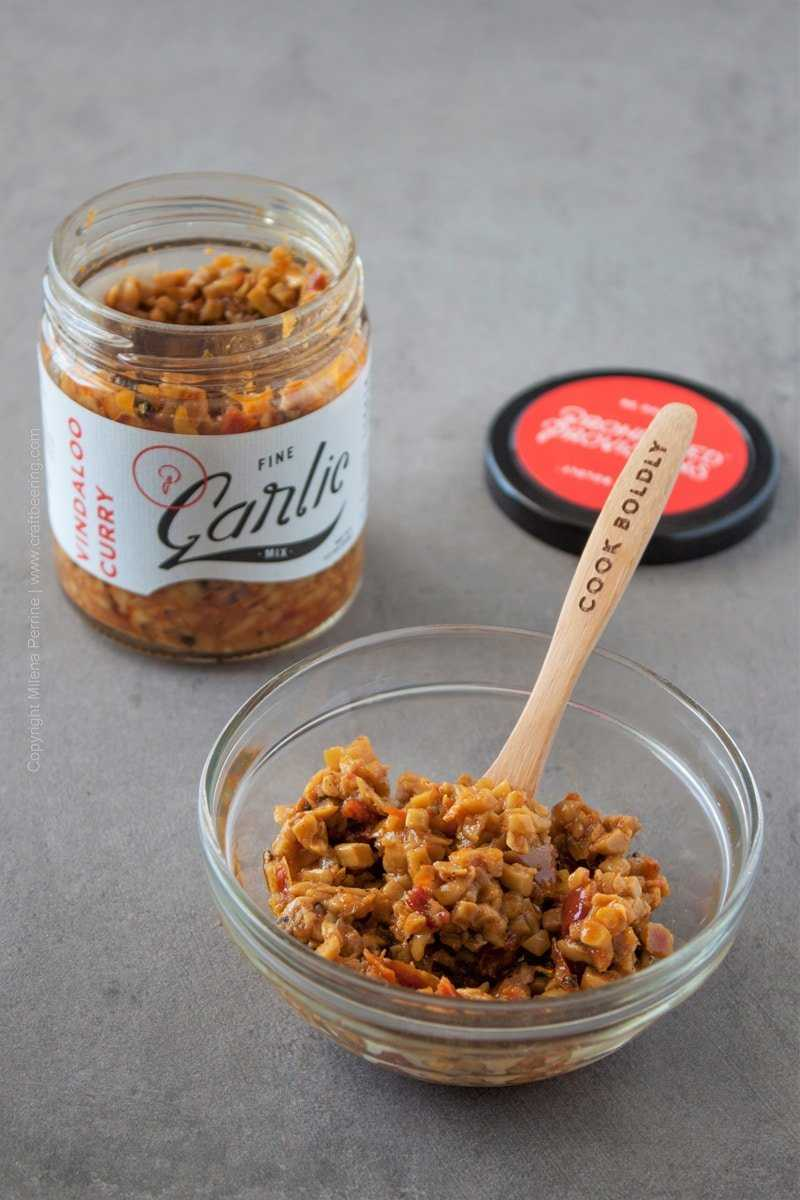 Vindaloo garlic mix by Prohibited Provisions