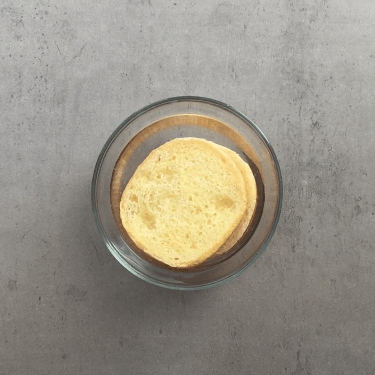 Frikadellen soak bread roll