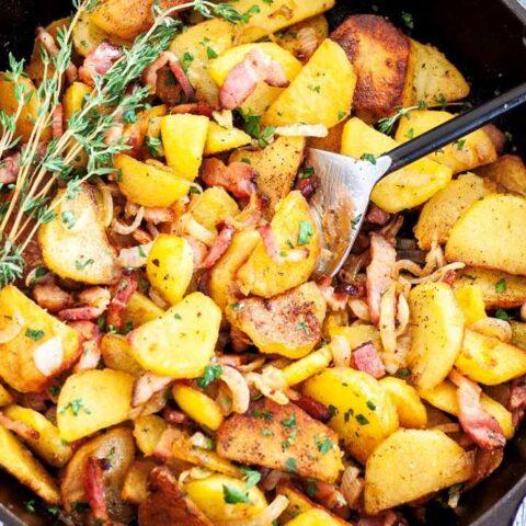 German fried potatoes skillet, Bratkartoffeln.