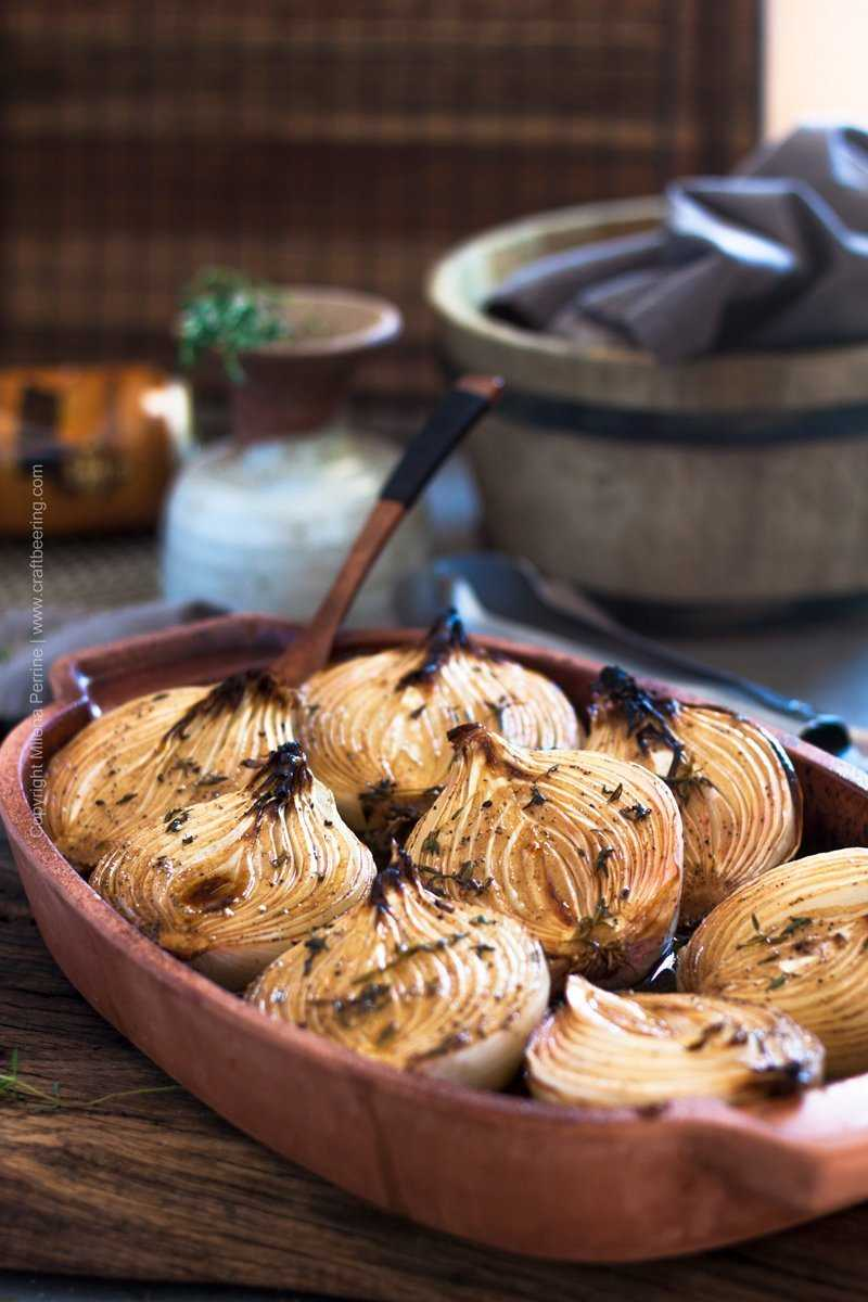 Baked onions with thyme, balsamic and dark ale.