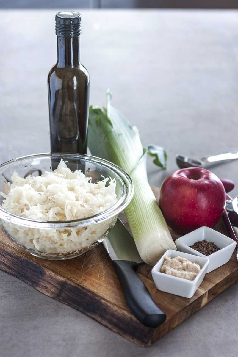 Ingredients for sauerkraut salad.