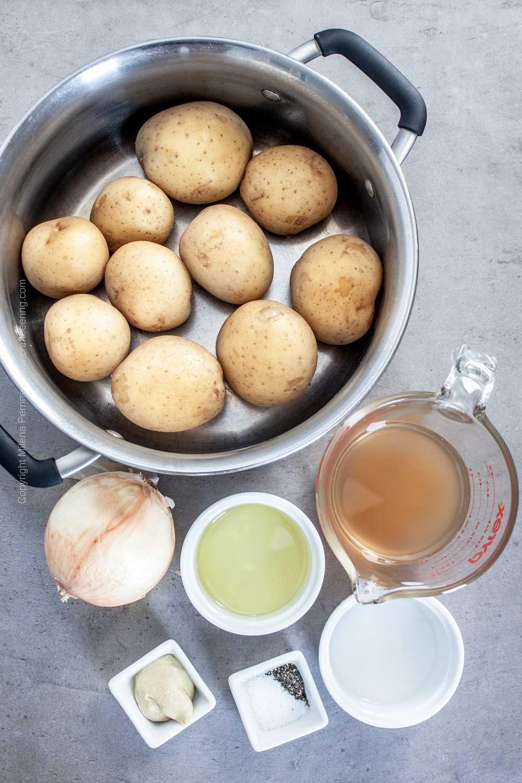 Yukon gold potatoes, onion, vinegar, mustard, vegetable broth, oil, salt and pepper for Kartoffelsalat,
