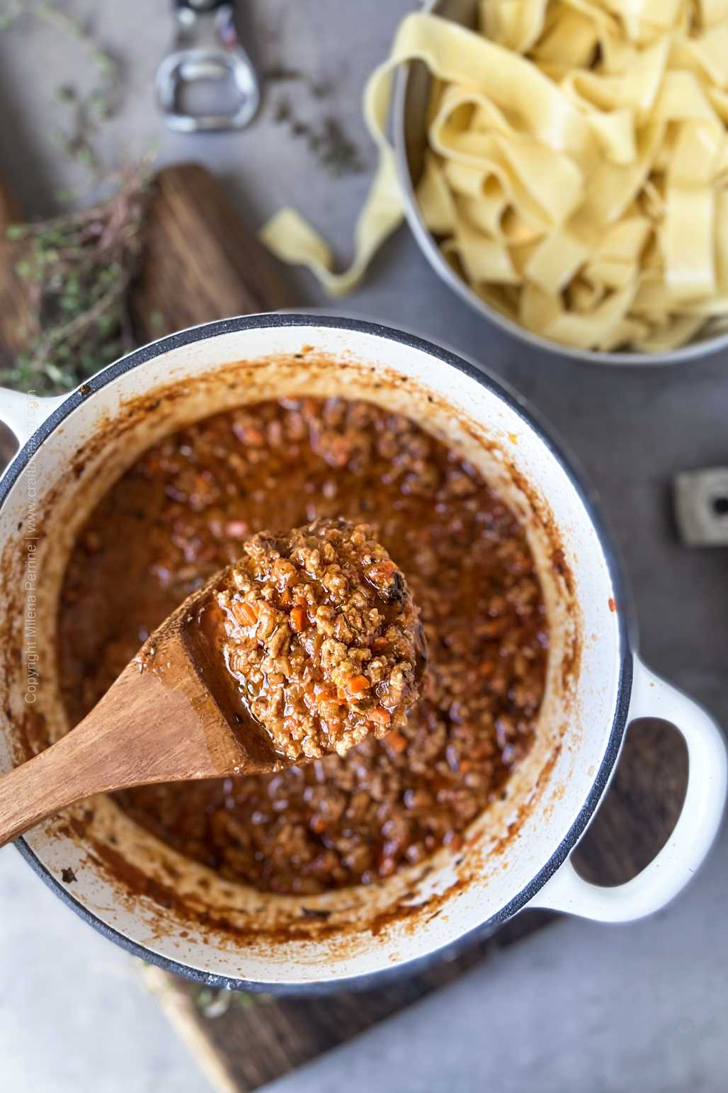 Meat Sauce with ground beef, tomatoes, stout and aromatics.