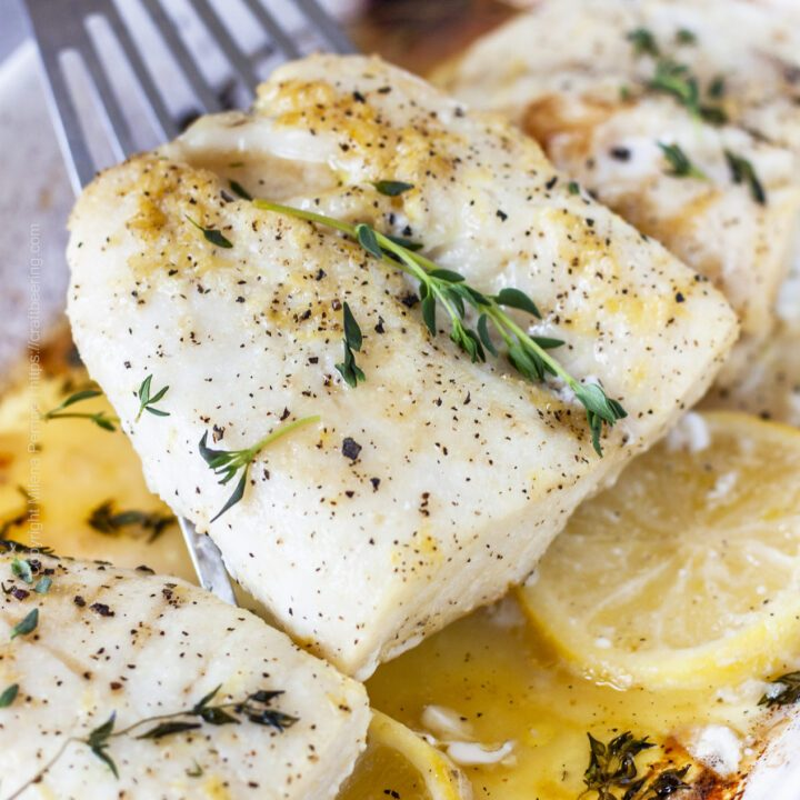 Baked cod fillets with lemon and thyme.