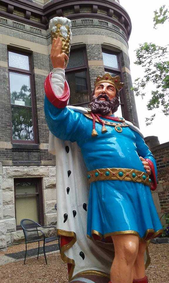 Statue of King Gambrinus