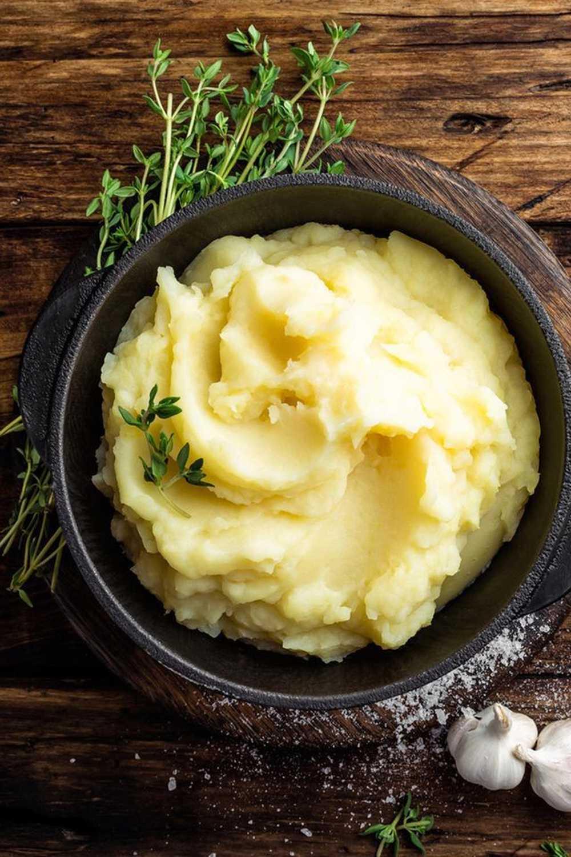 German mashed potatoes with nutmeg.
